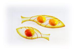 Skleněný svícínek rybička – FISH – ambrová