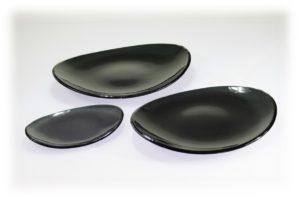 Skleněný oválný talíř OVAL ELLA tmavě šedý