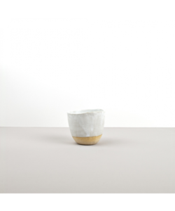 Cup with Patchy Edge – white