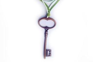Náhrdelník klíč