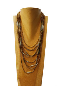 Korálkový náhrdelník zlatý
