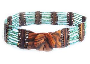 Korálkový pásek s ebenovou přezkou tyrkys