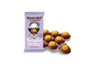 Hands off my chocolate – The Egg Bar, mléčná čokoláda, drcený karamel, 110 gramů