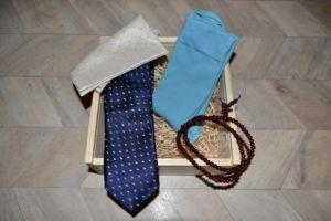 Dárkový dřevěný box s kravatou