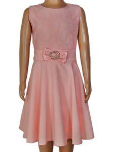 Dievčenské šaty – čipka s brošňou