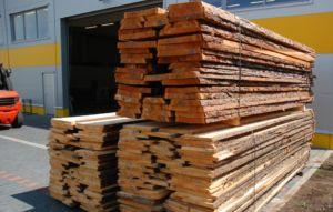 Truhlářské řezivo – dub, buk, smrk, borovice, modřín, olše, jasan, javor, ořešák, třešeň
