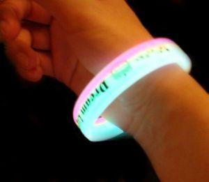 Silikonové náramky svítící 1000ks + reklamní potisk 1 barvou
