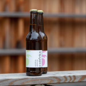 Cider jablečný polosladký 0,33l (Suchá třetinka)